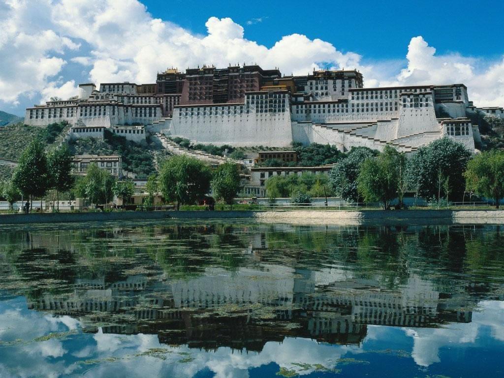 potala-palace-tibet Dünyanın En Güzel Binaları