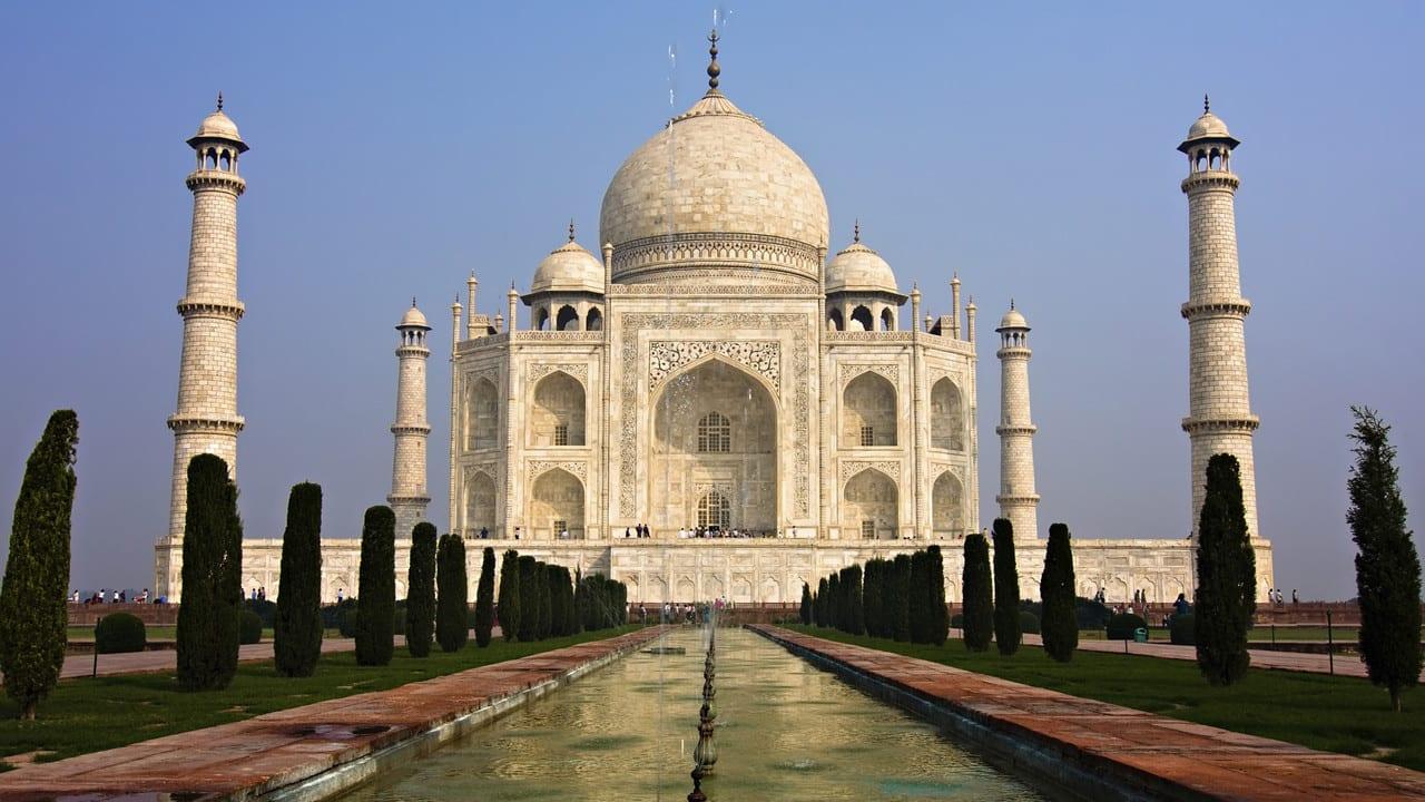 tac-mahal1 Dünyanın En Güzel Binaları